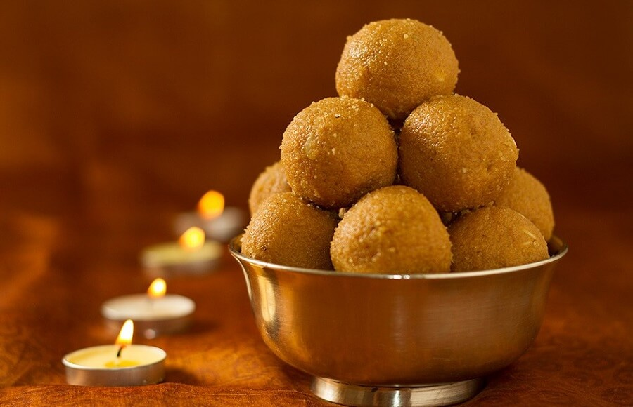 Besan Ke Laddu Recipe: Sweet Dish